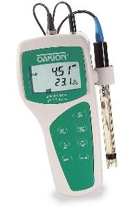 pH 11 Economy Meter from Oakton