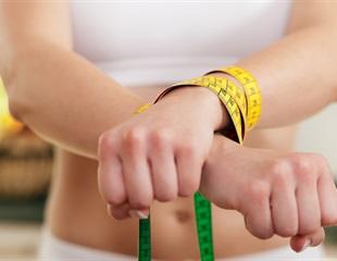 Eating disorder behaviors modulate the brain's dopamine-related reward circuit response