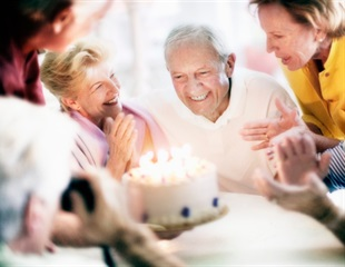 'Wisdom and fear' lead 90% of U.S. seniors to covid vaccines