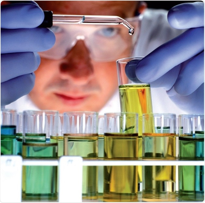 All types of hydrocarbons can be examined, from light distillates up to residua, gas oils as well as aviation turbine fuels