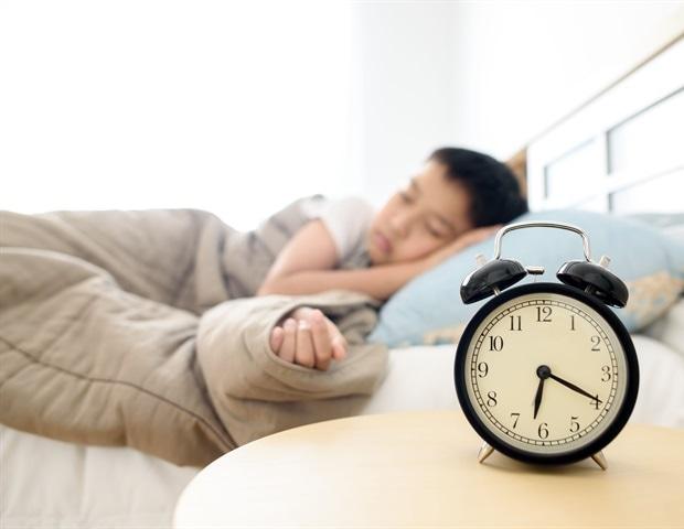 老年人睡前听音乐可以提高睡眠质量