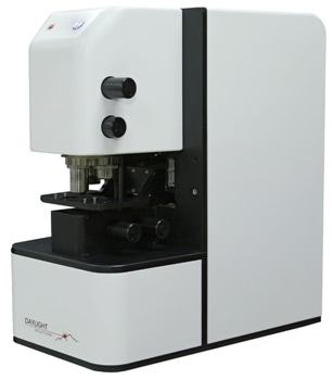 Spero-QT Infrared Microscope from Daylight Solutions