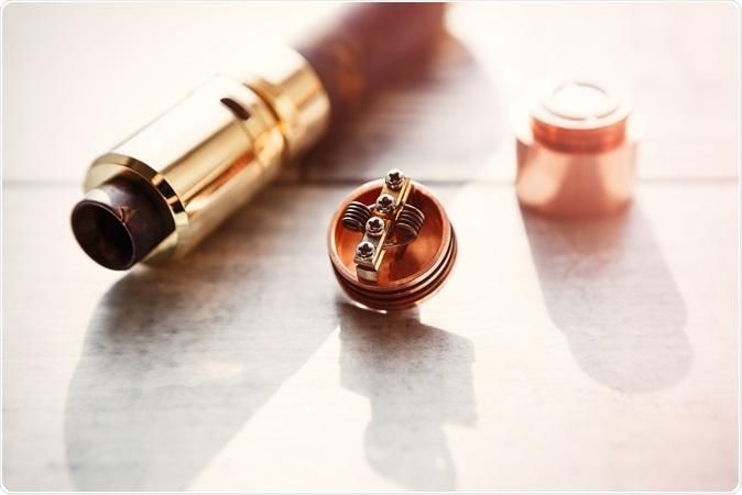 Vaping device. Image Credit: Hurricanehank / Shutterstock