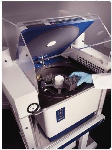 Genevac HT-4X Centrifugal Evaporator.