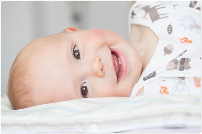 Bambino con i denti di latte - dallo svetkor