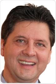 Headshot of Professor Attila Lorincz