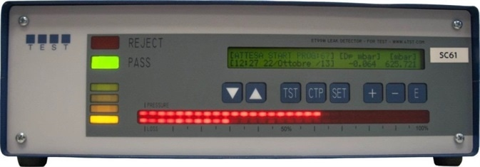 End of Leak Test result. The display shows the date and time of the test, the pressure loss recorded (Drop -0.064 mbar) and the pressure at the end of the test (625.721 mbar). The green