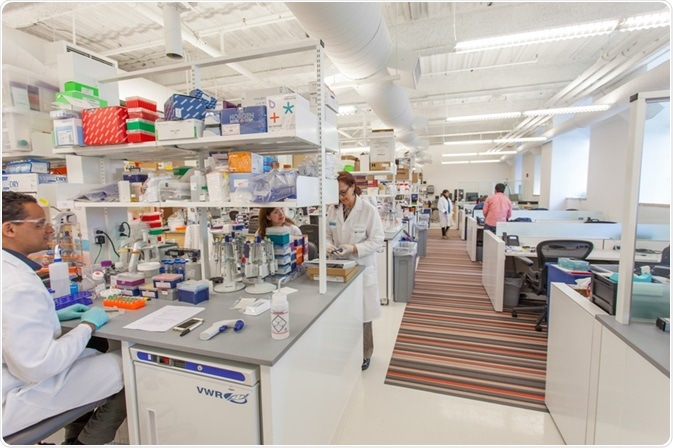 Prior to the introduction of Elemental Machines solution, regular walk-throughs of the 70,000 sq foot LabCentral facility were the only ways to detect lab equipment issues Photo courtesy: LabCentral © Paul Avis Photography.