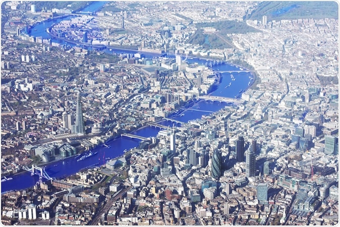 El río Támesis y Londres desde arriba. Haber de imagen: Comandante/Shutterstock de Zoltan