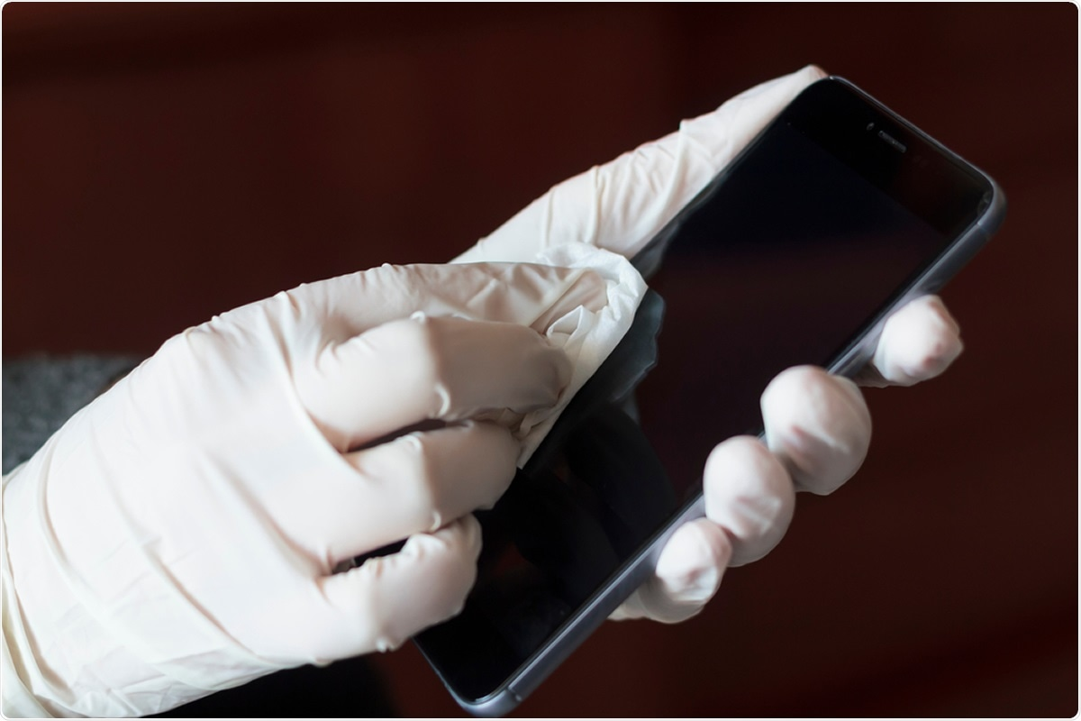 Study: Are Mobile Phones part of the chain of transmission of SARS-CoV-2 in the hospital?. Image Credit: rfranca / Shutterstock