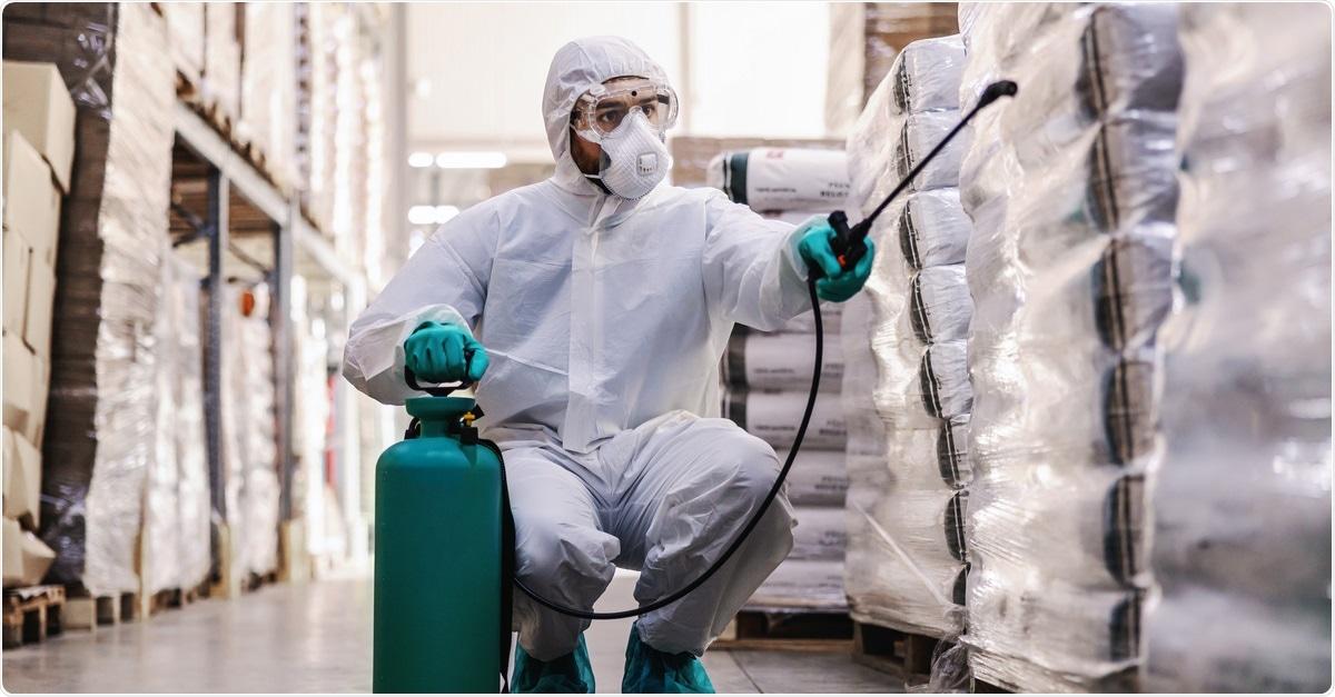 Estudo: Descontaminação das superfícies comuns da facilidade de cuidados médicos contaminadas com o SARS-CoV-2 usando enevoar-se seco ácido Peracetic. Dusan Petkovic/Shutterstock