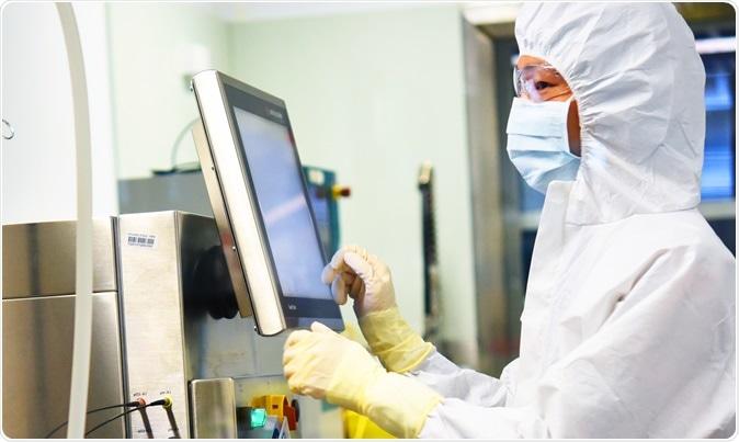 Um processo desenvolvido pela universidade de pesquisadores de Queensland para produzir quantidades maiores do anticorpo terapêutico do vírus de Hendra podia ser expandido para fabricar em todo o mundo tratamentos para outros vírus potencial mortais.