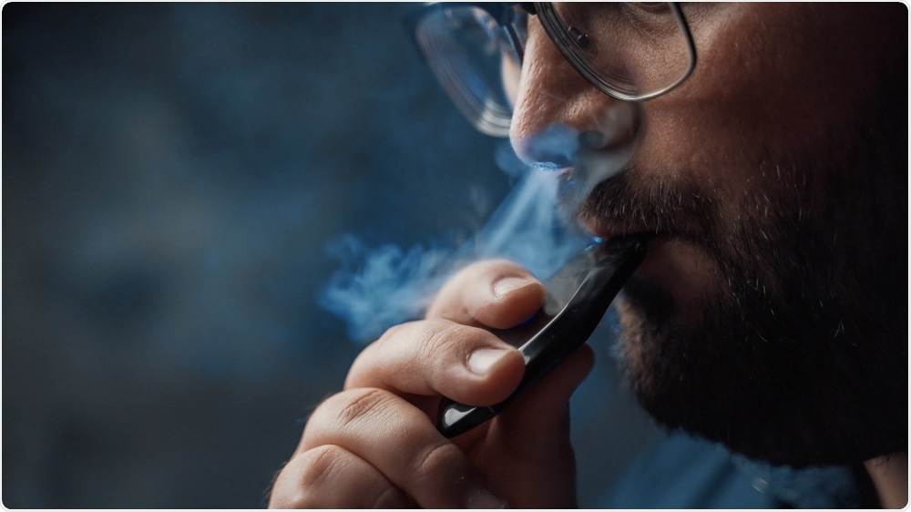 Study: Tobacco, but not nicotine and flavor-less electronic cigarettes, induces ACE2 and immune dysregulation. Image Credit: DedMityay / Shutterstock