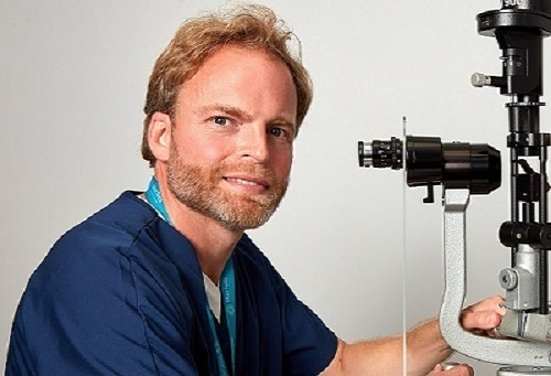 Dr Alex Day - Ophthalmologist