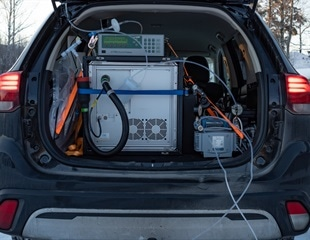 Mobile Air Quality Monitoring with Real-Time Mobile VOC Monitors