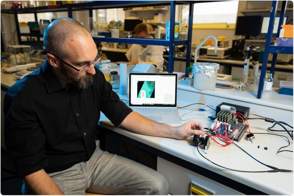 Les scientifiques de Bath reçoivent la concession £1.3 million pour développer un dispositif portatif d