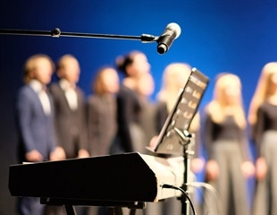 High SARS-CoV-2 attack rates linked to singing events
