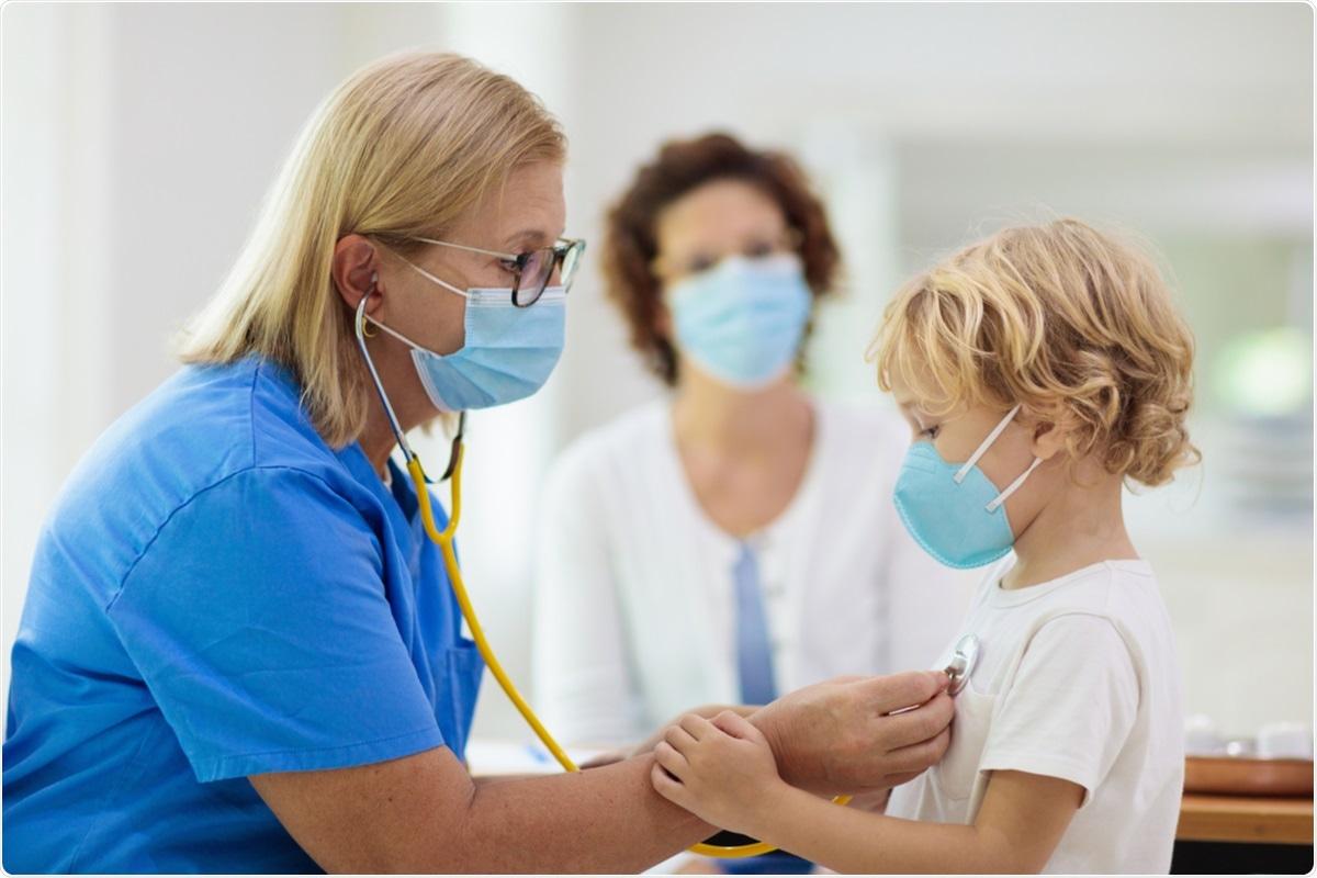 Étude : La durée de maladie et le profil de sympt40me dans une grande cohorte des enfants en âge scolaire BRITANNIQUES symptomatiques ont déterminé SARS-CoV-2. Crédit d
