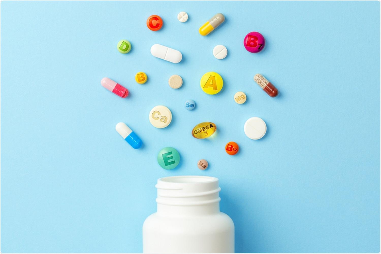 Rassegna: Ruolo delle vitamine e dei minerali come ripetitori di immunità in COVID-19. Credito di immagine: ADragan/Shutterstock