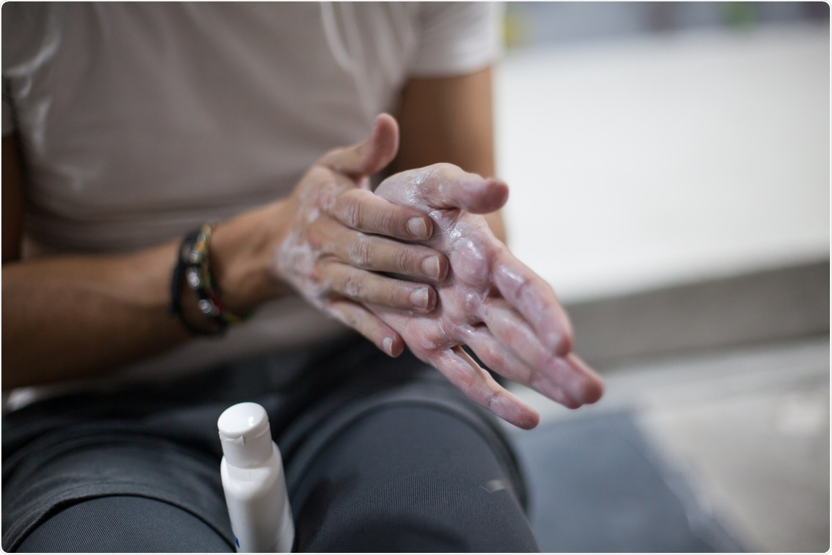 Study: Liquid Chalk Is an Antiseptic against SARS-CoV-2 and Influenza A Respiratory Viruses. Image Credit: Carlos Gutierrez Photo / Shutterstock