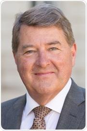 Profesor Alan Thompson