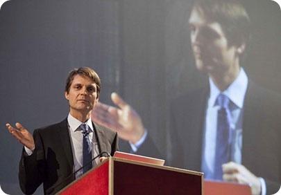 Dr Peter Friedl