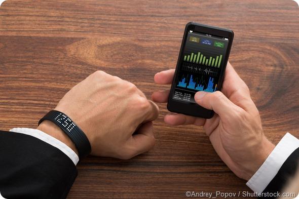fitness tracker wrist