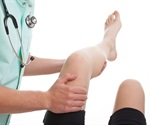 Surgery better than observation for older patients with meniscal root tear, study suggests