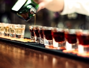 Study: Binge drinking impairs working memory in adolescent brain
