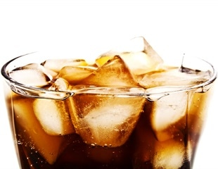 Drinking soft drinks while exercising in hot weather may increase risk of kidney disease