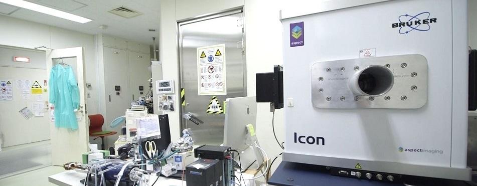 Preclinical research using 1 Tesla desktop MRI