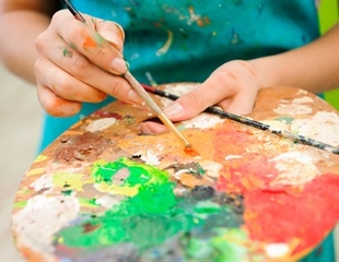 Art-based mindfulness activities reduces headaches in adolescent girls