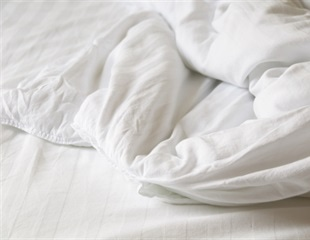 Mysterious feather duvet lung disease nearly kills a man