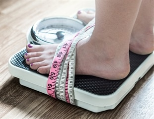 Researchers describe the early warning signs of eating disorders
