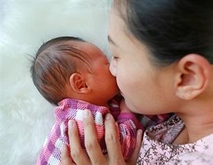 Child's scent tells mom how development is proceeding