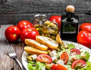 Mediterranean diet best for lowering LDL cholesterol